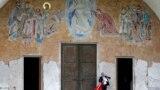 Ispred hrama Hristovog vaskrsenja u Podgorici, ilustrativna fotografija