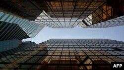 Экономическая среда: финансовый кризис и банки