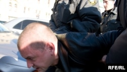 Сергей Удальцов неоднократно сталкивался с московской милицией во время протестных акций/