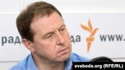 Андрэй Іларыёнаў