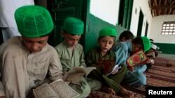 Pamje nga një shkollë fetare myslimane në Pakistan