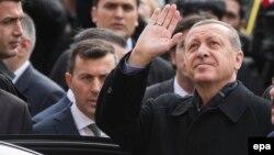 Президент Эрдоган Стамбулда добуш бергенден кийин. 1-ноябрь, 2015-жыл