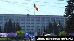 Moldavi..
