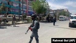 کابل: افغان پولیس د پېښې ځای ته ورسېدل. ۲۰۲۰، ۱۲ مې