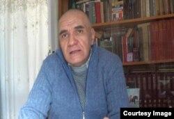 Rəssam Sadiq Hüseynov
