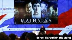 Выступление Алексея Учителя на пресс-показе