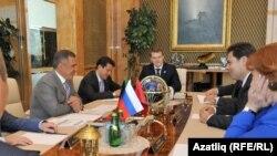 Татарстан президенты Рөстәм Миңнеханов Мәскәү вәкиллеген кабул итте