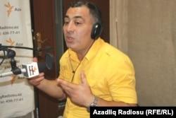 """Əsəd Cahangir Azadlıq Radiosunun """"Pen klub"""" proqramında """"Ulduz"""" jurnalının müzakirəsində"""