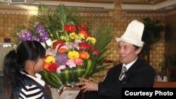 Оңдо: Таргабатай кыргыз маданий борборун түзгөн Оролбек Манжин уулу. Аманат сүрөт, 17-январ, 2011-жыл