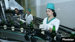 Armenia - Workers at a new brewery in Dilijan, 21Nov2017.