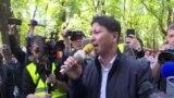 Протест учителя. Вышел из-под третьего ареста – и снова под стражей