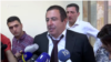 «Բարգավաճ Հայաստան» խմբակցության ղեկավար Գագիկ Ծառուկյանը պատասխանում է լրագրողների հարցերին: