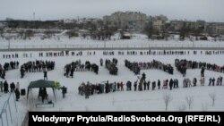 Флэш-моб, прысьвечаны Дню саборнасьці Ўкраіны