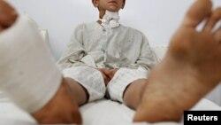 یونس له هغه وروسته د کابل ایمرجنسي روغتون کې بستر شو، خو د ژوندي پاته کېدو لپاره یې ډېر ناوخته و.