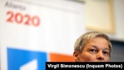 Dacian Cioloș intră în cursa pentru prezidențiale, deocamdată intern, la PLUS.