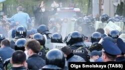 Протест проти режиму самоізоляції у столиці Північної Осетії. 20 квітня 2020 року