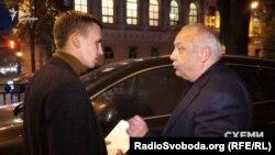 Журналісти не раз намагалися поспілкуватися з Ігорем Гринівим