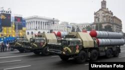 Ілюстративне фото. Зенітно-ракетні комплекси на військовому параді в Києві до Дня Незалежності України, 24 серпня 2016 року