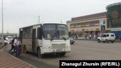 Пассажирский автобус в Казахстане. Иллюстративое фото.