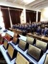 """Preoții din MAI au printre atribuții """"cultivarea sentimentelor patriotice, a dragostei și atașamentului față de armată""""."""
