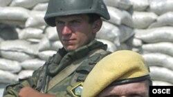 В Грузии уже есть военные наблюдатели от ОБСЕ, но им не хватает простора для деятельности