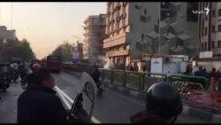 درگیری نیروهای امنیتی و تظاهرکنندگان در اطراف چهارراه ولیعصر