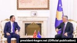 Zëvendëskryeministri i Maqedonisë, Bujar Osmani takohet me presidentin e Kosovës, Hashim Thaçi.