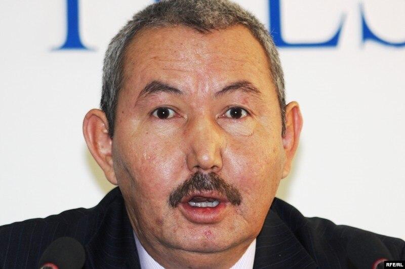 Тенгебек Байымбетов, первый адвокат подследственного Мухита Тагаева. Алматы, 17 ноября 2009 года