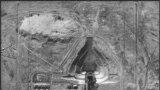 Шпигунська фотографія з повітря. Американський літак зробив її в 1957 році, тобто через два роки після того, як об'єкт, що спочатку призначався для випробувань ракет далекого радіусу дії, був переобладнаний в стартовий майданчик для запуску в космос. Так почалася космічна гонка між СРСР і США