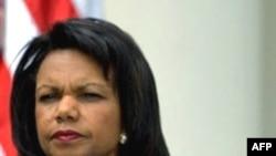 قرار است خانم رايس پس از گفت و گو با نيکلا سرکوزی در باره مناقشه گرجستان و روسيه راهی تفليس شود. (عکس:AFP)