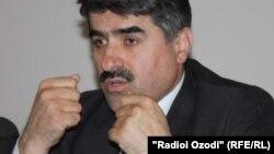 Асомиддин Атоев, мудири Академияи маҷозии технологияҳои иттилоотию коммуникатсионӣ барои рушд.