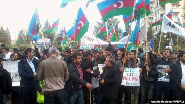 На мітингу в Баку 12 жовтня 2014 року