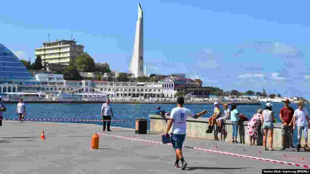 Змагання проходили на набережній Корнілова на узбережжі Артилерійської бухти