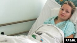 Анна Кузько Алматыдағы №12 ауруханада жатыр. 24 қыркүйек 2009 жыл.