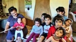 Տուն ունենալու երազանքով. Արշակյանների բազմանդամ ընտանիքը` Հադրութից Արարատ