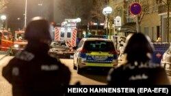 در پی دو حادثه تیراندازی در شهر هانائو در نزدیکی فرانکفورت، هشت تن کشته شدند.