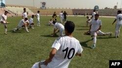 مسابقات لیگ برتر فوتبال افغانستان در۲۴ماه سنبله آغاز میشود و دو هفته ادامه خواهد داشت.