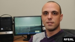 Petar Komnenic is an editor with Podgorica-based TV Vijesti and also works as a stringer for RFE/RL and Reuters.