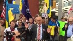 """Зенон Позняк : """"Украинцы, не верьте Лукашенко"""""""