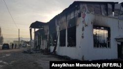 Сгоревшее здание в селе Масанчи. Жамбылская область, 8 февраля 2020 года.