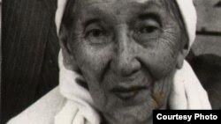 Абайдың немересі Ақлима Тұрағұлқызы. Алматы, 7 қараша 1986 жыл. Сурет жеке архивтен алынған.