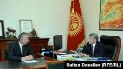Алмазбек Атамбаев Кубатбек Бороновду тез-тез кабыл алып турат