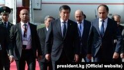 Президент КР Сооронбай Жээнбеков прибыл в Душанбе. 15 июня 2019 года.