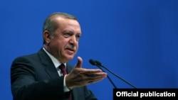 Presidenti turk, foto nga arkivi