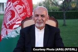 Президент Афганістану Ашраф Гані виголошує звернення до «Талібану» щодо припинення насильства. 16 квітня 2020 року