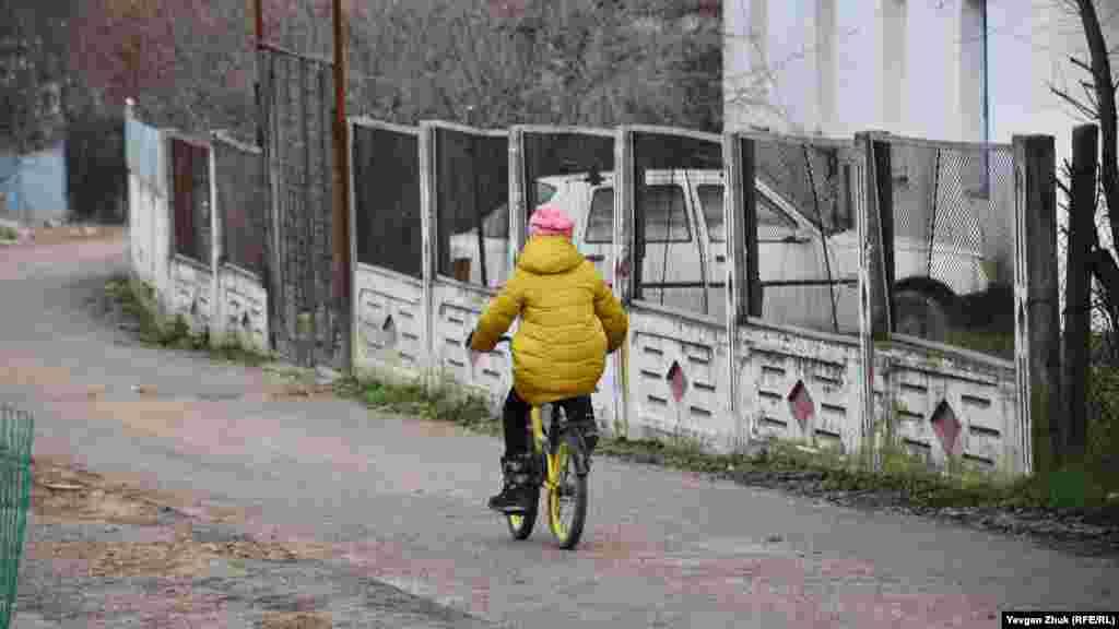 Велосипед – одна з найдоступніших дитячих розваг, а також транспорт для поїздки до магазину