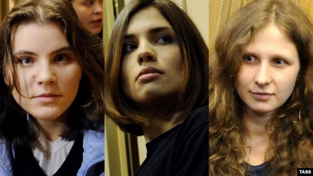 Участницы группы Pussy Riot. Слева - направо: Екатерина Мамуцевич, Надежда Толоконникова, Мария Алехина