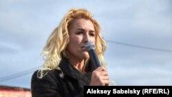 Анастасия Васильева на митинге в Окуловке, Новгородская область