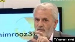 مَثَل اعلای کارشناسی پزشکی تلويزيون دولتی، حسين روازاده است.
