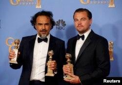 لئوناردو دیکاپریو در کنار آلخاندرو گونزالس ایناریتو. بازیگر و کارگردان «از گور برگشته»